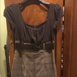 Juniors size 3 business casual dress with belt